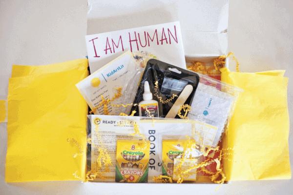 Kidartlit Subscription Box