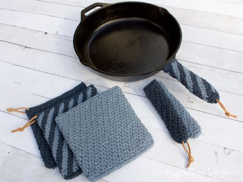 Cast Iron Handle Cover And Hot Pad Set